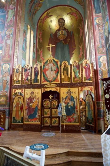 Иконостас Свято-Никольского собора. Фото: М. Родионов / Православие.Ru