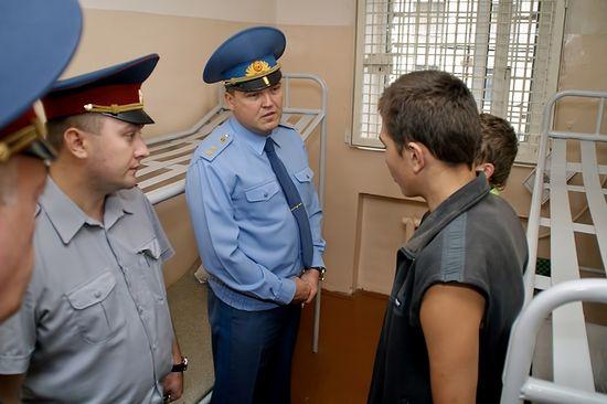 Алексей Михайлович Величко с заключенными