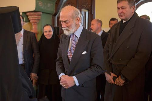 В храме принца приветствовал епископ Смоленский и Вяземский, Пантелеимон