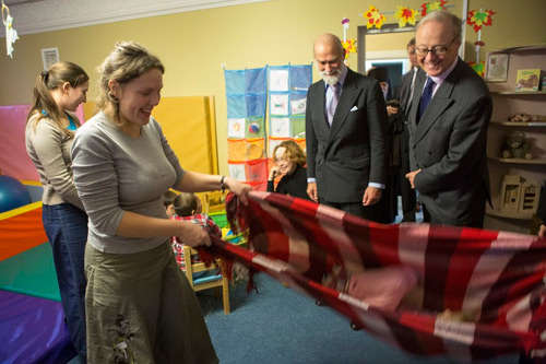 В завершении визита принц Майкл посетил действующий в обители детский сад для детей-инвалидов