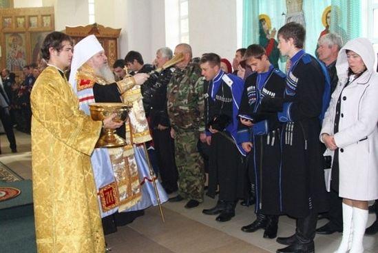 Владыка Кирилл отслужил молебен на начало всякого благого дела в храме преподобного Сергия Радонежского.