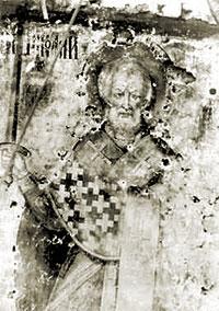Надвратная икона свт. Николая Никольской башни Московского Кремля после большевистского обстрела 2 ноября 1917 г.