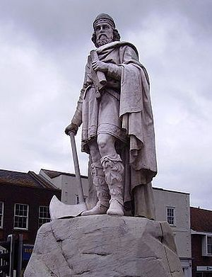 Statue of St. Alfred the Great in Wantage.