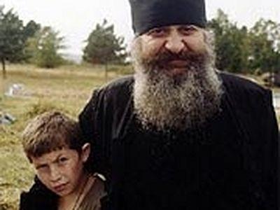 """""""Если бы не отец Григорий, половины этих детей не было бы сейчас в живых"""""""