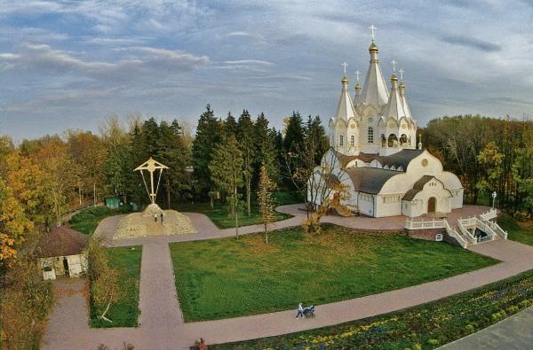 Храм Новомучеников и Исповедников Российских в Бутово