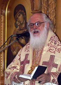 Воскресная проповедь в кафедральном соборе в Тиране