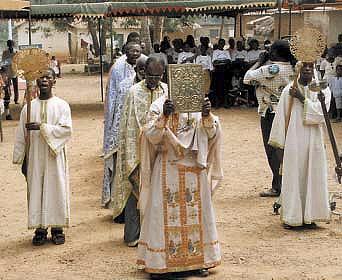 Гана. Малый вход на литургии