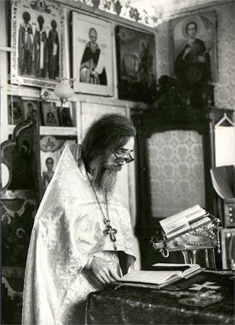 Archimandrite Innocent (Prosvirnin) (+1994).