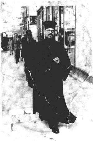 Священник Петр Дивизиев