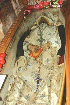 Святые мощи старца Виссариона, монастырь св. Агафона, Ламия