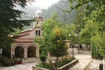 Монастырь св. Агафона, Ламия