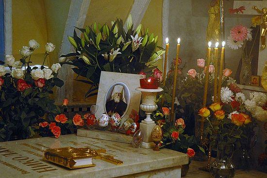 Гробница митр. Николая (Ярушевича)