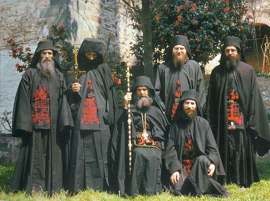 Игумен Ефрем с братством Филофея