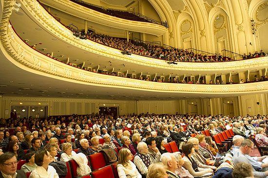 Концерт хора Сретенского монастыря в Чикаго