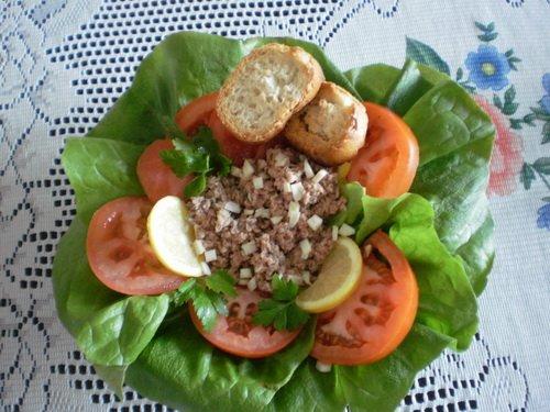 Салат из тунца с хреном