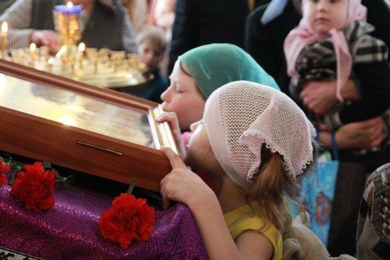 Храм святителя Луки. Крестопоклонная неделя Великого поста. 2012 г.