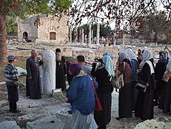 Участники встречи у колонны бичевания апостола Павла