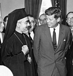 Архиепископ Иаков на встрече с президентом США Дж. Кеннеди