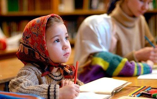 Занятие в Воскресной школе. Фото: Елена Девяшина