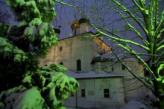 The Church of the Vladimir Mother of God at night. Photo: M. Rodionov/Pravoslavie.ru