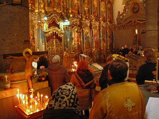 Liturgy on the feast of St. Nicholas in Hévíz. Space for Orthodox services has been provided by various Catholic churches in that city.
