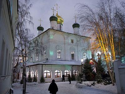 Богослужение в Сретенском монастыре на Рождество Христово