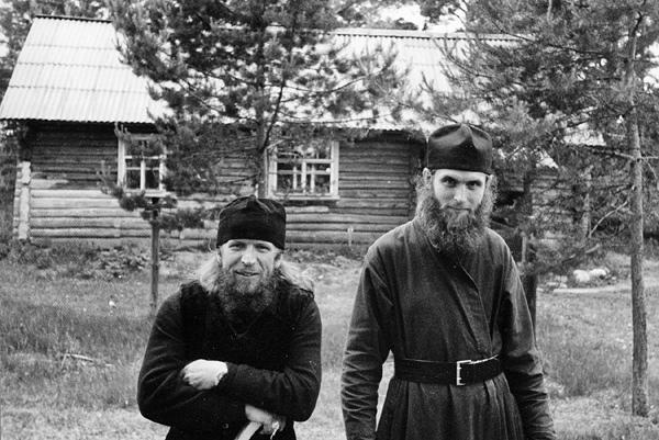Отец Никита и диакон Виктор