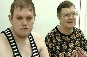 Виталий Седухинский и его мать Татьяна. Стоп-кадр телеканала «Россия 24»