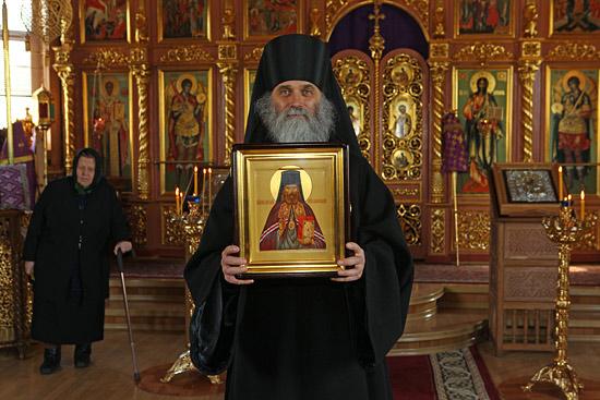 Икона новомученника Никодима заняла свое место в кафедральном соборе Нарьян-Мара. Фото: Альберт Людвиг.