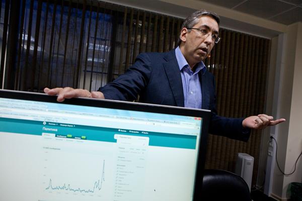 Игорь Ашманов: 51-летний математик, программист, писатель, специалист в области искусственного интеллекта и один из отцов-основателей Рунета. Фото: Сергей Михеев