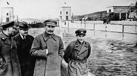 Nikolai Yezhov (far right) with Voroshilov, Molotov, and Stalin inspecting the Moscow-Volga canal. 1937.