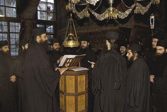 Афонские монахи.