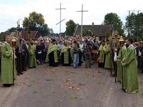 Съемки во время крестного хода. Фото Ежи Калины
