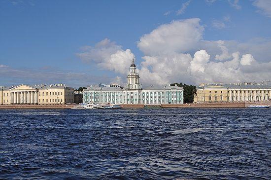 Набережная Невы. Санкт-Петербург. Фото: О. Пономарева