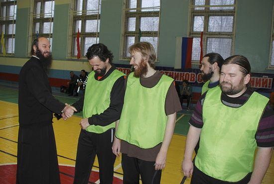Рождественский турнир по мини-футболу между командами Орской епархии, городской администрации и журналистами