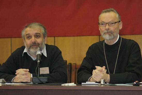 Свящ. Г. Кочетков и Д. Гзгзян. Фото: psmb.ru