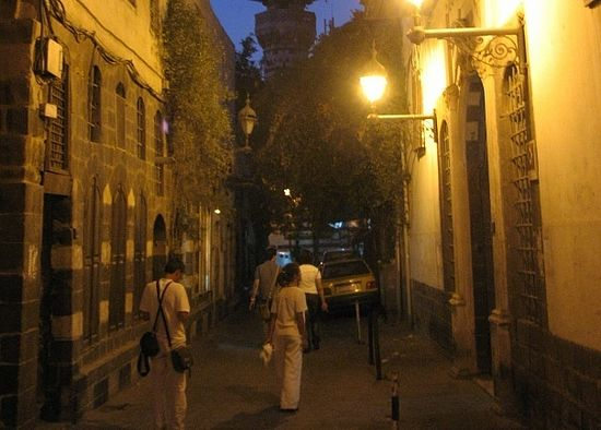 На улицах ночного Дамаска