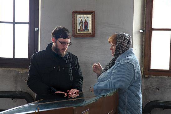 Отец Николай Протасов в храме. Фото: Ю.Ракина