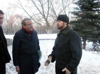 Оливье Битц и игумен Филипп (Рябых) в Москве, фото: vk.com/hram_v_strasburge
