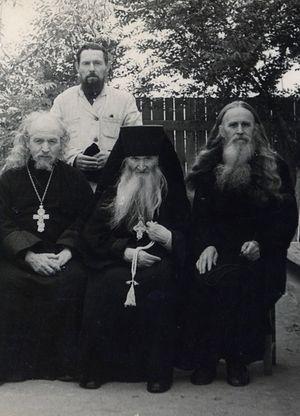 Преподобноисповедник Севастијан Карагандински и свештенство