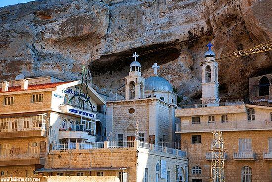 Монастырь Святой Феклы. Маалюля. Сирия. Фото: www.biancoloto.com