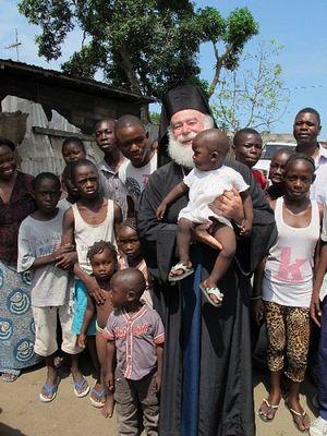 Александрийский Патриарх с юными православными конголезцами