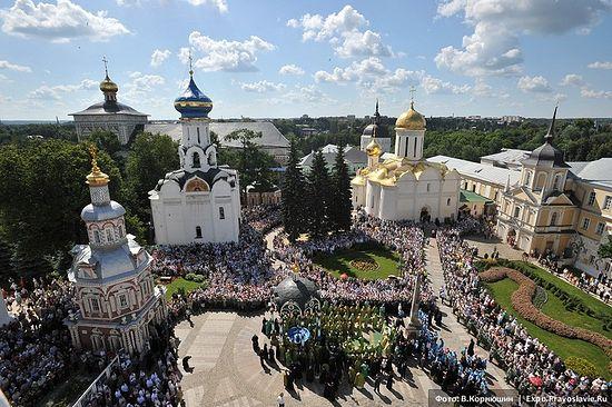 Троице-Сергиева лавра. Фото: Виктор Корнюшин