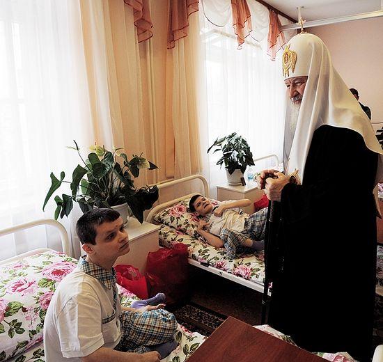 Посещение Центра социальной адаптации инвалидов «Филимонки». Пасха, 2012 год