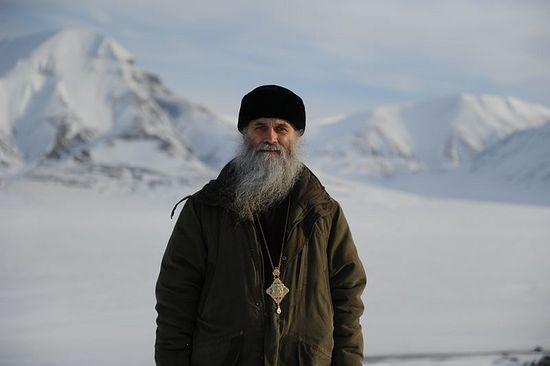 Епископ Нарьян-Марский и Мезенский Иаков на Шпицбергене