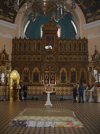 Нарва. Интерьер Воскресенского собора.