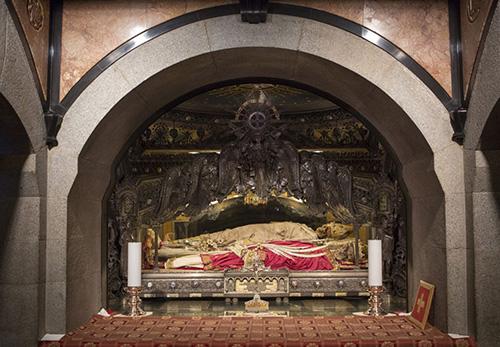 Gervasius λείψανα αγίων, και του Αγίου προτάσιος.  Ambrose