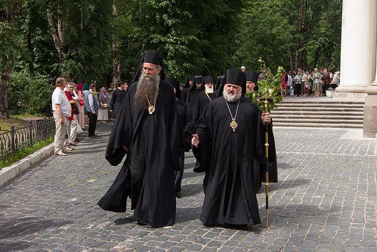 В гостях у владыки Назария. Фото: Lavra.spb.ru