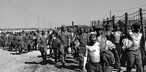 Советские военнопленные в лагере Цайтхайн перед отправкой в Бельгию. 1942 г.