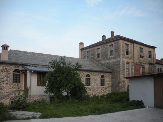 http://www.pravoslavie.ru/sas/image/101252/125225.p.jpg